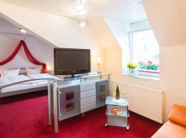 Moselromantik-Hotel zum Löwen, hotel in Ediger-Eller