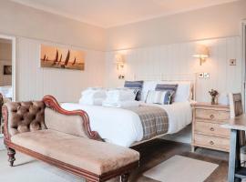 Swan Hotel, hotel near Goodwood Motor Circuit, Arundel