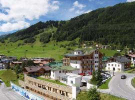 Hotel Nassereinerhof, pet-friendly hotel in Sankt Anton am Arlberg