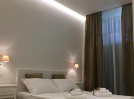 Blanco B&B, hotel in Trani