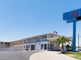 Motel 6-Barstow, CA - Route 66, hotel in Barstow