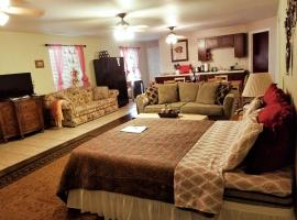 Charming Downstairs Unit, apartment in Oakhurst