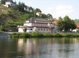 Hotel V Pivovaře, hotel in Davle