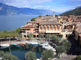 Albergo Ristorante Gardesana ***S, hotel in Torri del Benaco