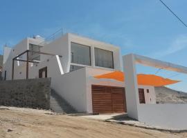 Casa de playa Tortugas, hotel with pools in Tortuga
