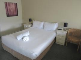 Abel Tasman Airport Motor Inn, hotel near Franklin House, Launceston