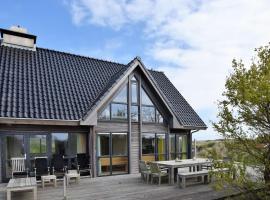 Boutique Villa in Vlieland with Sauna, villa in Oost-Vlieland