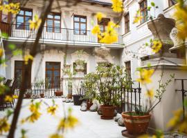 Hotel U Zlateho jelena, hotel poblíž významného místa Prašná brána, Praha