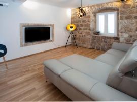 Apartment Antea, room in Sinj