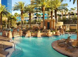 Hilton Grand Vacations Suites on the Las Vegas Strip, hotel near Adventuredome at Circus Circus, Las Vegas