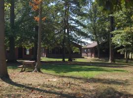 Indian Lakes Camping Resort, campground in Batesville