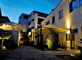 WohnRaum Hotel & Gästehaus, hotel near Pedestrian Area Trier, Gusterath