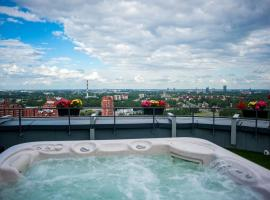 Amazing 22-23floor Penthouse City view, hotel near Riga International Airport - RIX,