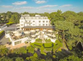 Harbour Heights Hotel, hotel near Sandbanks, Poole