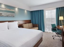 Hampton by Hilton Bournemouth, hotel in Bournemouth