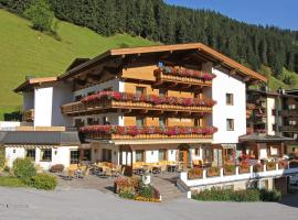 Hotel Pension Sonnleiten, Hotel in Tux