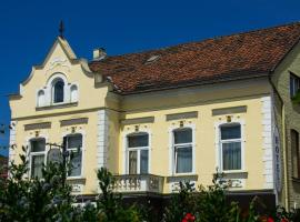 Hotel Haus Wagner, hotel with parking in Frechen