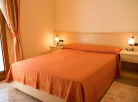 Hotel Stella 2000, отель в Ольбии