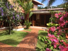 Hotel Cabinas Tropical, hotel in Puerto Viejo