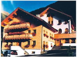 Hotel Garni Alpenblick, hotel i Ischgl
