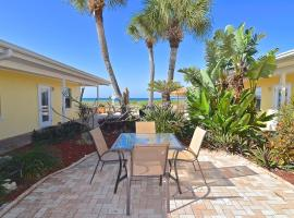 A Beach Retreat on Casey Key, hotel in Venice