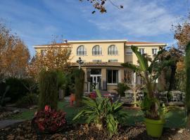 Adonis Sanary Grand Hôtel des Bains, accessible hotel in Sanary-sur-Mer