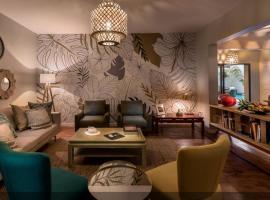 Joli Guesthouse, hotel near Praca dos Herois, Maputo