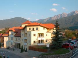 Hotel Kronplatz, hotel in Valdaora