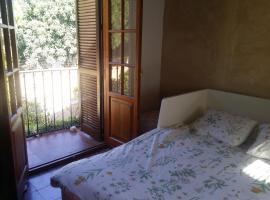Villa Marina, guest house in Jerez de la Frontera