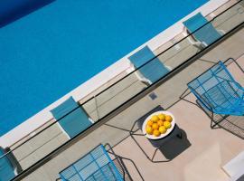 Villa Elena, hotel with jacuzzis in Podstrana