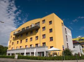 Hotel Rödelheimer Hof - Am Wasserturm, hotel near Main-Taunus-Zentrum, Frankfurt/Main