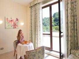 Albergo Terme Forlenza, hotell i Contursi