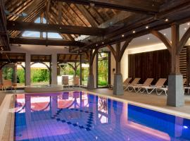 Logis Hotel Le Parc & Spa, hotel in Saint-Hippolyte
