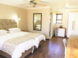 Loerie Guest Lodge, hotel in George