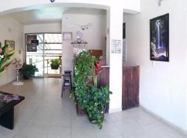 Hotel d' Santiago, hotel in Palenque