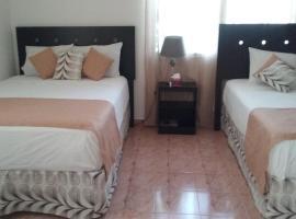 Room in Cancun Deluxe, hotel near Beto Avila Stadium, Cancún