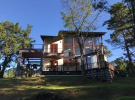 Casa da Montanha, Serrinha, RJ, BR, hotel in Resende
