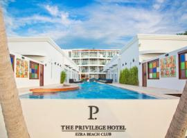 The Privilege Hotel Ezra Beach Club, hotel in Bangrak Beach