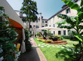 Hotel Abbazia, hotel in Venice