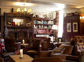 Crown Hotel, hotel in Blandford Forum