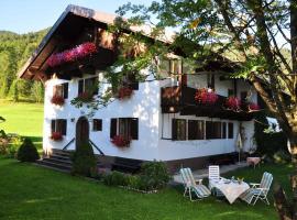 Haus Thurner, hotel in Obsteig