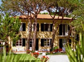 Hotel Villa Fiorisella, hotel in Marina di Massa