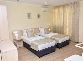 Luxury Apartments, хотел в Бургас
