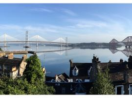 Forth Reflections Self Catering, hotel en Queensferry