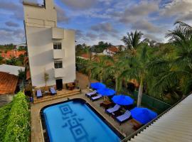 St.Lachlan Hotel & Suites, hotel en Negombo