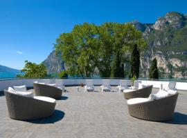 Hotel Oasi Wellness & Spa, отель в Рива-дель-Гарде