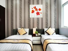Hanoi Blue Hotel - The Water Front, hotel in Da Nang