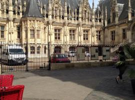 Les Initiés, hotel in Rouen
