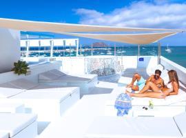 AVANTI Lifestyle Hotel - Only Adults, hotel en Corralejo