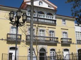 Hotel Palacio de Garaña, hotel near Bufones de Pria, Garaña